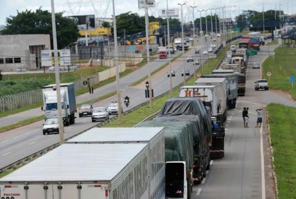 Camioneros brasilenos piden mejoras