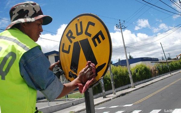 Ecuador prioriza la seguridad vial