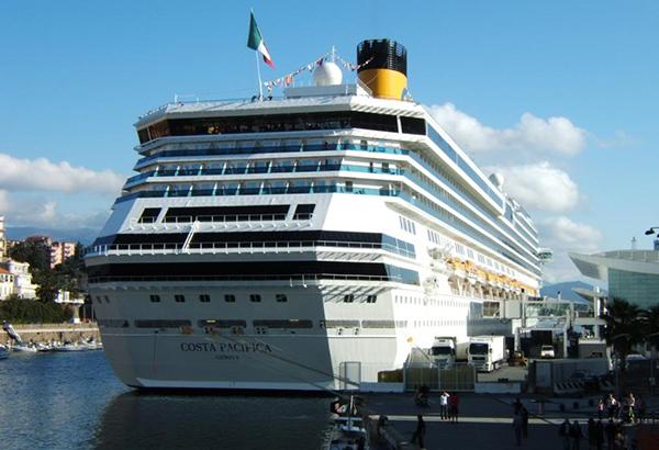 costa-cruceros-puerto-Savona