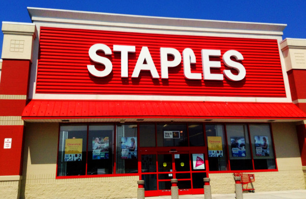 staples-ganancias