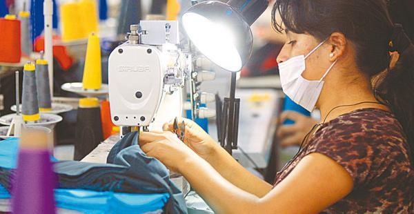 Bolivia apoya el desarrollo tecnologico de las pymes