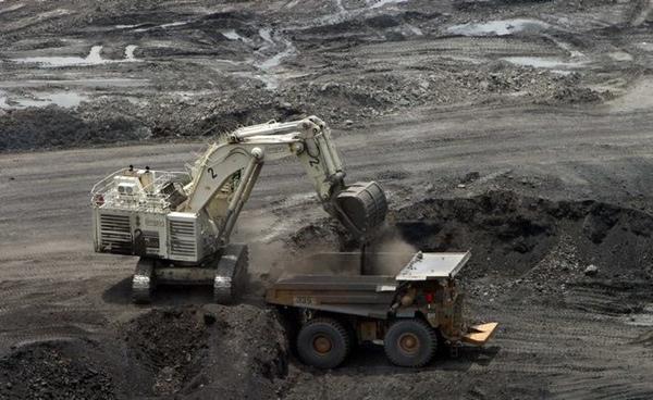 Drummond reduce exportaciones por problemas logisticos