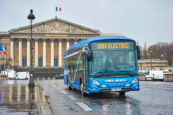 Heuliez-Bus-Paris-autobus-electrico