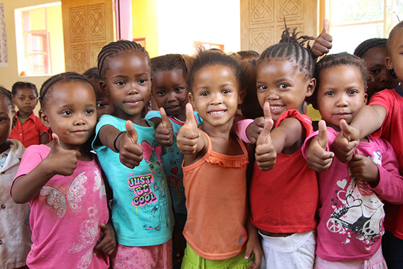 Namibia-menores-educacion