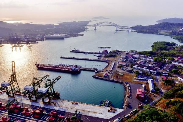 Panama amplia el puerto de Rodman