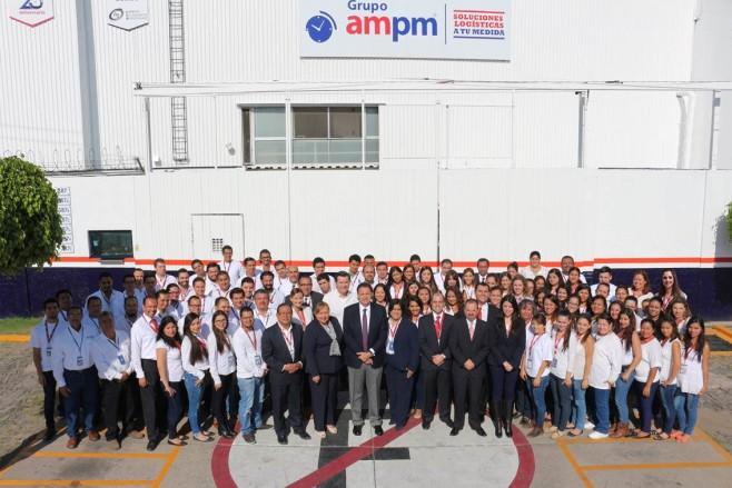 Grupo Ampm publica un libro por sus 25 años de historia