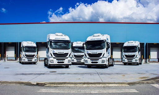 Iveco renueva la flota de Transportes Jonathan con 60 camiones Stralis Hi-Way