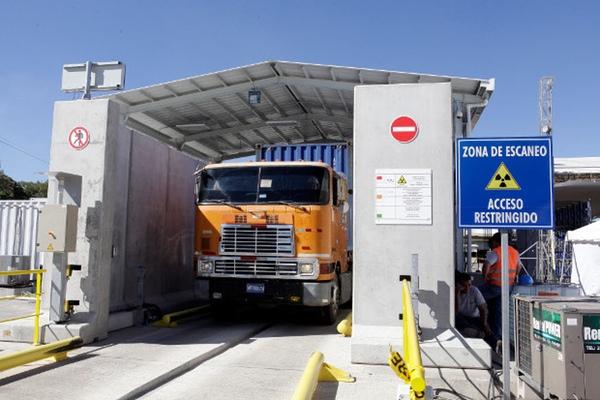 Aduanas de El Salvador realizan cobros indebidos