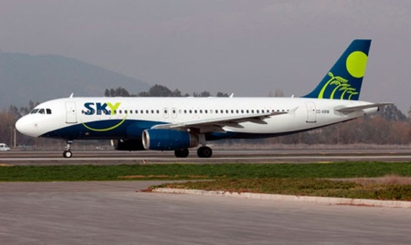 Aerolinea Sky busca fuentes alternativas de ingresos
