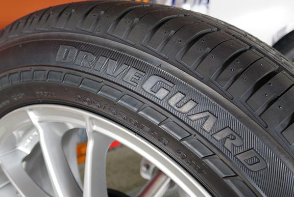 Bridgestone-DriveGuard-neumatico