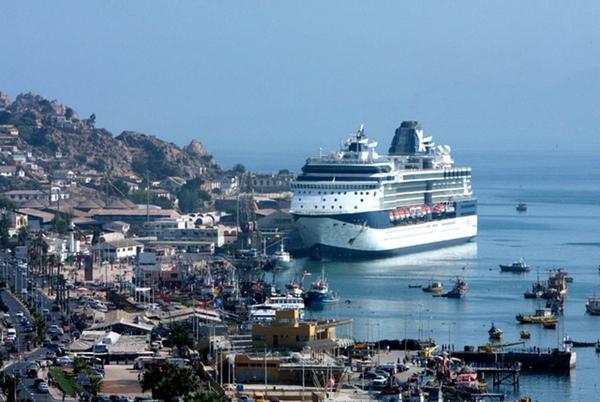 Chile extiende su temporada de cruceros