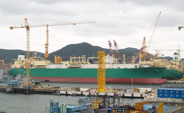 DSME retrasa la entrega de buques