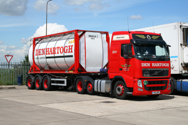 Den-Hartogh-compra-Interbulk