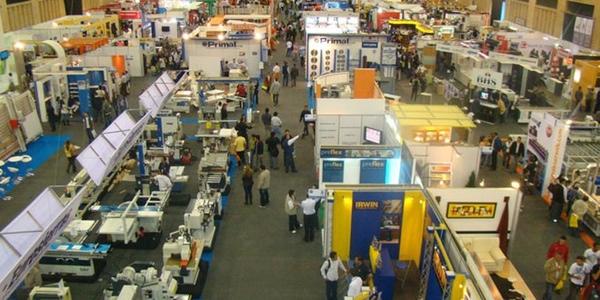 Ecuador ofrece incentivos a empresas que inviertan en el pais