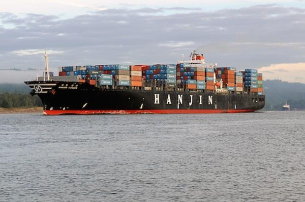 Expertos en salvamento rescatan un buque de Hanjin