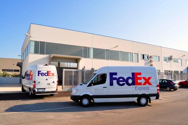 FedEx Express celebra 25 aniversario en Mexico ayudando a los ciudadanos