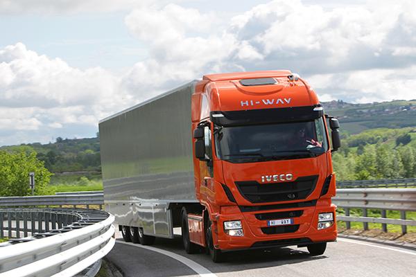 Iveco-Stralis-vehiculo-pesado