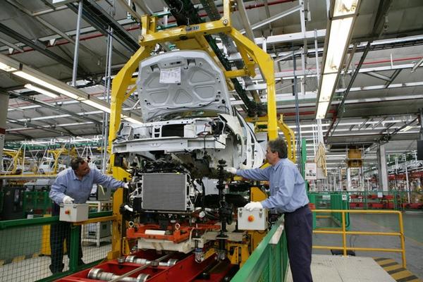 Nissan y Renault invierten en Argentina