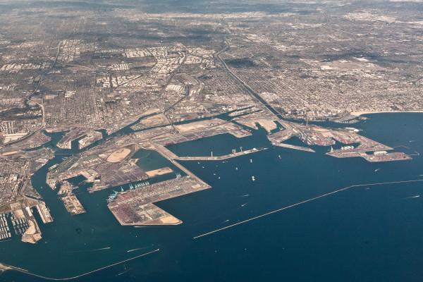 Puerto-de-Long-Beach-traslada-más-de-7-millones-TEUs