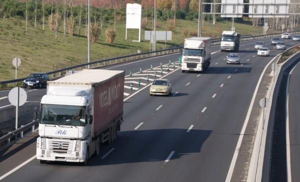 demanda-transporte-carretera-aumenta-2015