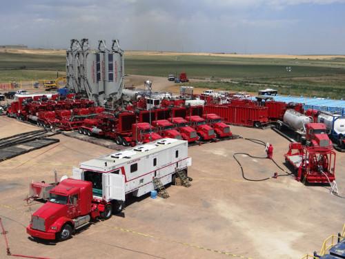 halliburton-reduce-sus-beneficios-ante-la-caída-precio-del-petróleo