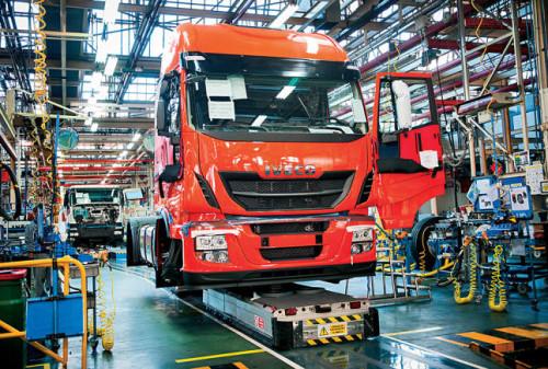 matriculaciones-de-vehiculos-industriales-y-autobuses-europeos-suben-en-2015