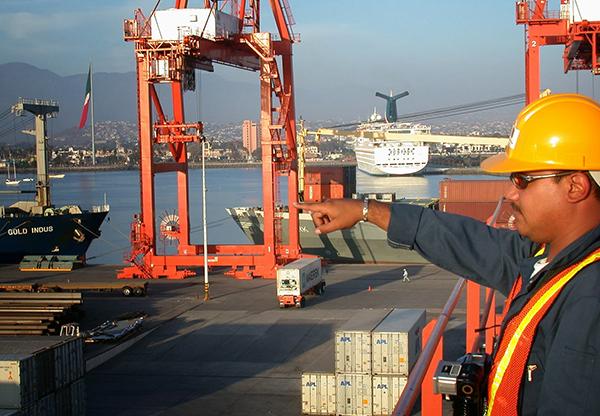 trabajador-puerto