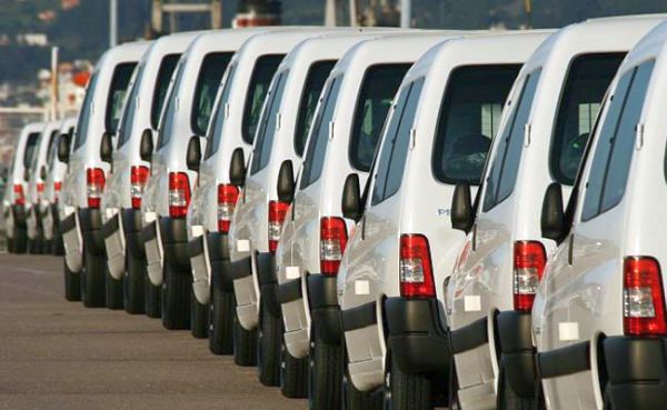 ventas-aumentan-vehiculos-comerciales-cierre-del-año