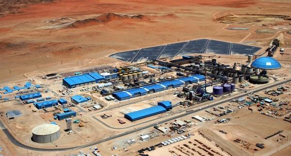 Anglo American detiene la produccion en Chile por posible fuga