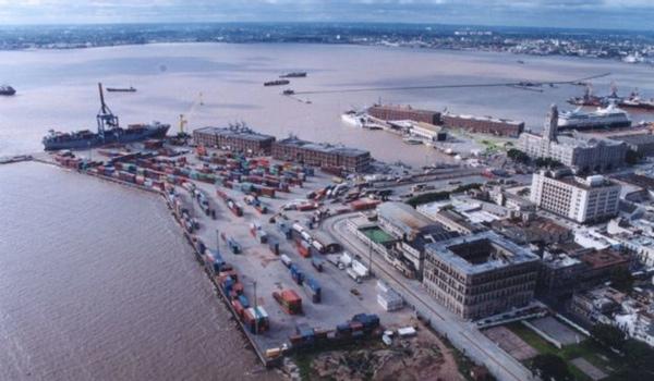 Argentina y Uruguay negocian politica portuaria