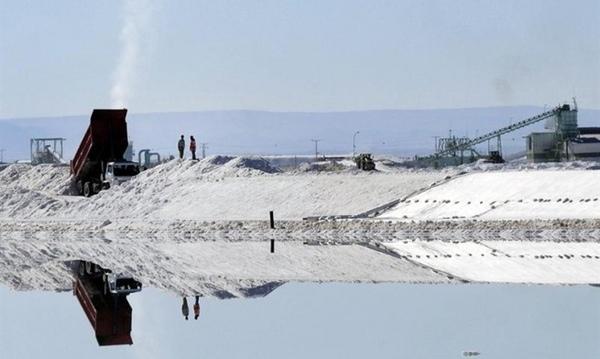 Bolivia quiere vender litio a nivel internacional