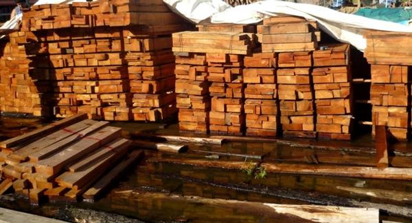Buque es detenido en Mexico por transportar carga ilegal