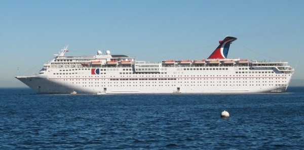 Climatologia provoca retrasos en la navegacion del Carnival Paradise