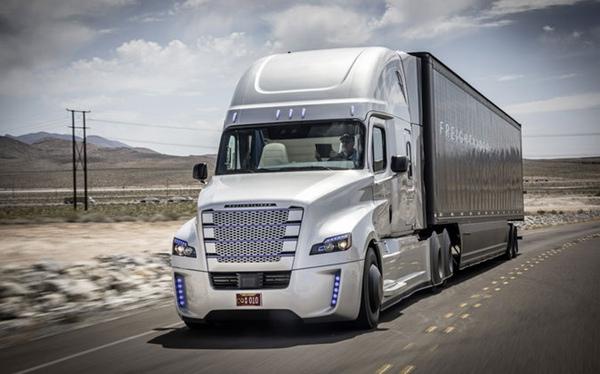 Daimler afianza su posicion en Mexico
