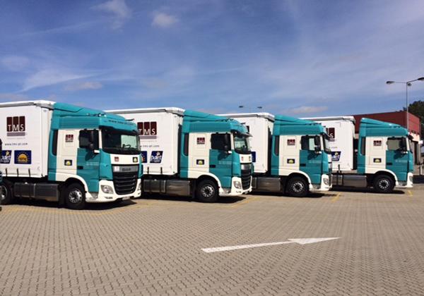 Flota-de-camiones-Astre