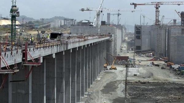 GPU prueba las esclusas reparadas del Canal de Panama
