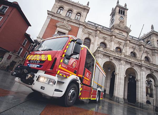 Iveco-Magirus-camion-bomberos