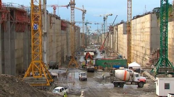 Retraso en la reparacion de esclusas del Canal de Panama