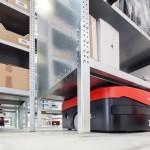 db-schenker-implanta-robots-moviles-para-fortalecer-su-servicio-ecommerce