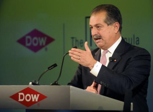 dow-chemical-incrementa-beneficios-en-2015