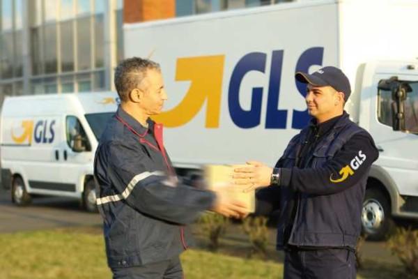 gls-firma-acuerdo-con-a2b-express-como-socio-en-europa