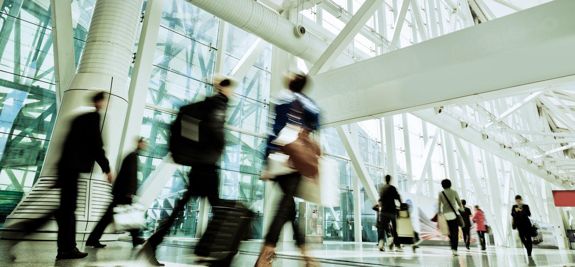 LATAM anuncia parking gratuito en los aeropuertos de Madrid y Barcelona