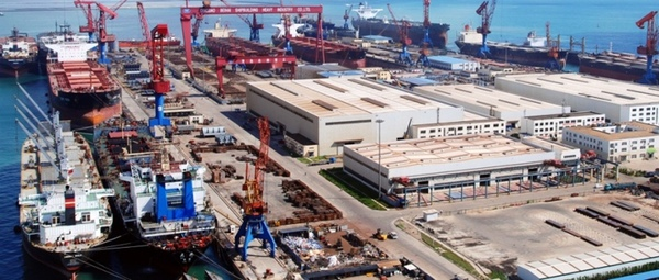 Astilleros chinos ven reducidos sus pedidos