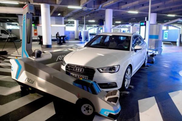 Audi-robots-transporte