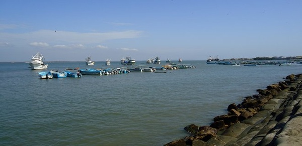Ecuador construye un puerto de aguas profundas en Posorja
