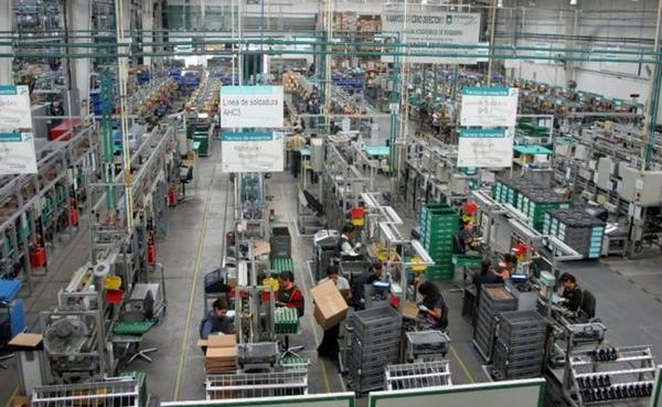 Manufacturas experimentan su mayor retraccion en Uruguay desde 2009