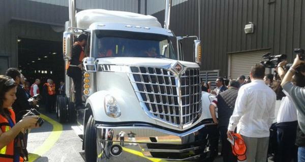 Navistar fabrica su unidad 550.000 en Mexico