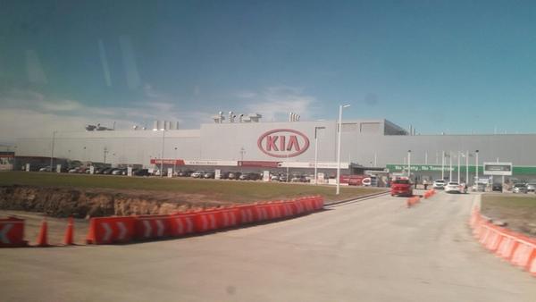 Presidentes de México y Corea podrian tratar problema de Kia
