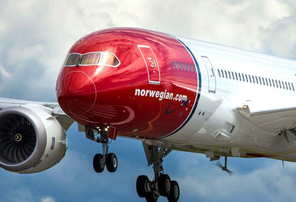 avión_norwegian_aterrizando