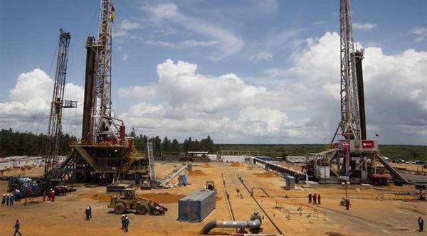 Bolivia reduce la importacion de combustibles